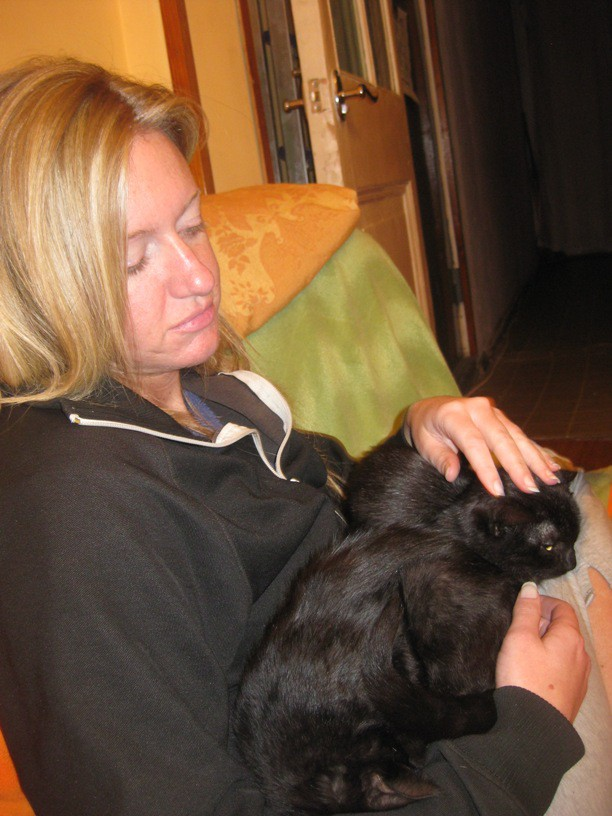 Of course, not content to be apart, Bailey made sure he got in on some of the lap action.